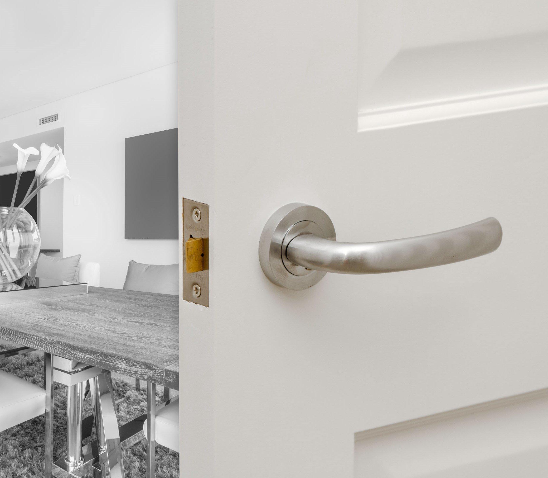 Denleigh Door Handing Specification Advice